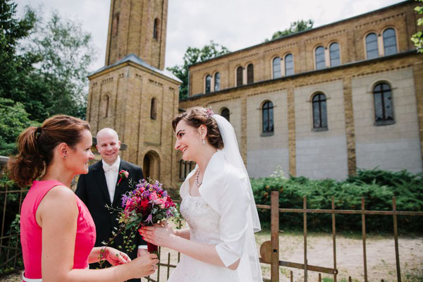 als Hochzeitsplanerin darf ich fast immer den Brautstrauß überreichen