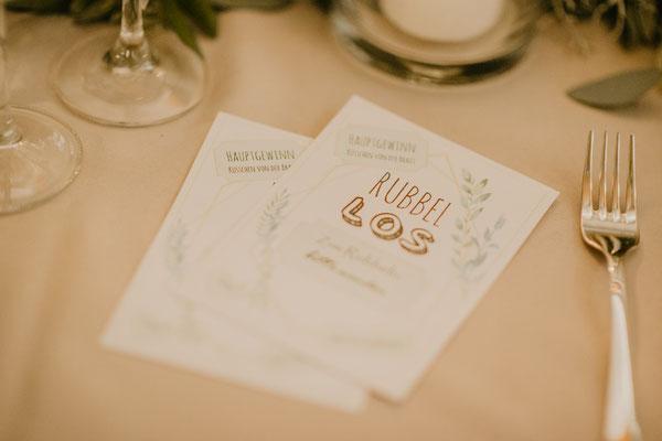 Unterhaltung für die Gäste - selbst erstellte Rubbellose mit kleinen Aufgaben