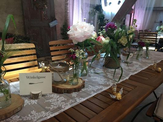 Tischdeko Scheunenhochzeit - barn wedding