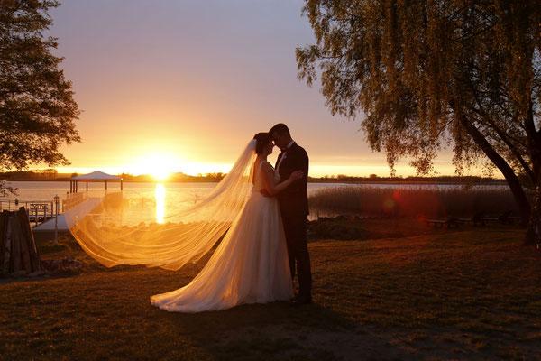 Hier hat die Fotografin, Anja Mey, den absolut perfekten Moment des Sonnenuntergang abgepasst - Wow!