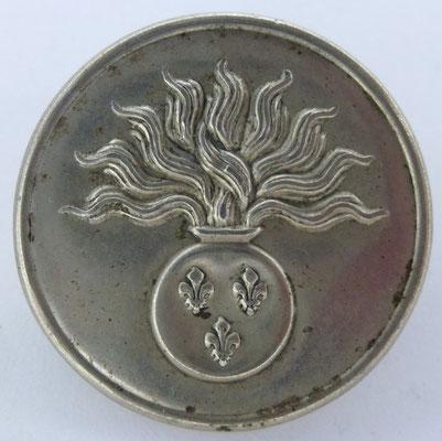 bouton militaire grenadier de la maison du roi