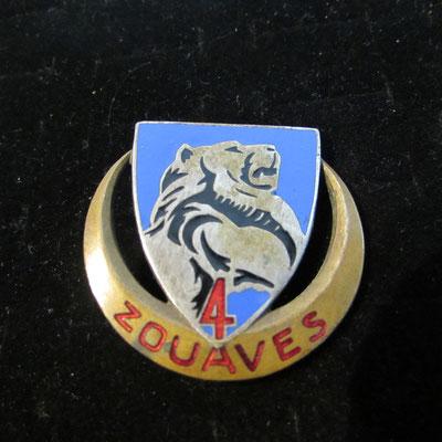 4ème zouaves attache pastille poinçonné  Prix : 45 euros