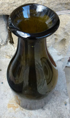 bocal en vert ancien