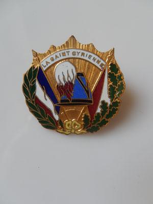 insigne amicale saint cyrien .Prix : 20 euros