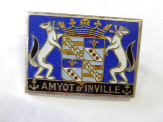 amyot d'inville DP 25 rue ber  Prix : 10 euros