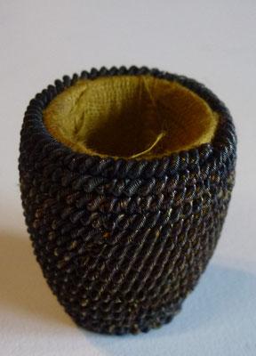 pompom olive casque mdl 1872  Prix : 50 euros