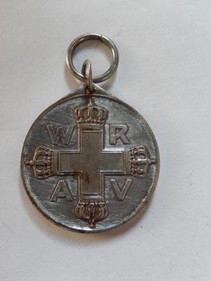 médaille de la croix rouge allemande   prix : 35 euros