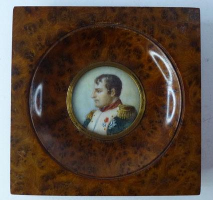 miniature sur ivoire premier  empire