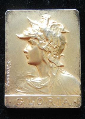 médaille en argent doré( 70 gr 6 x 4.5 cm).  par Felix Rasumy ,chanbre sydicale du cycle et  de  l' automobile  moninative . prix : 180 euros