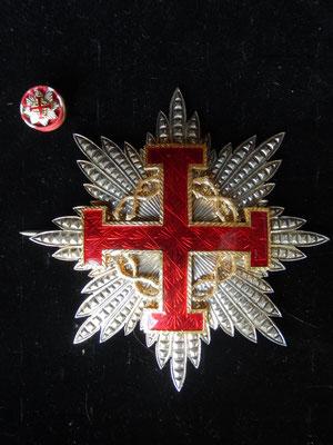 ordre du mérite du Saint Sépulcre grand officier en argent avec sa rosette de rappel  fabricant :  G.guccione. roma prix : 380 euros