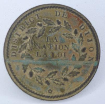 bouton militaire district de Dijon