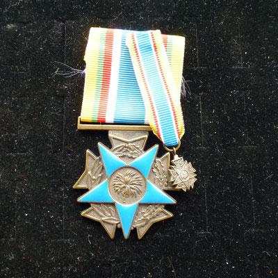 médaille combattant moins de 20 avec sa reduction   Prix : 65 euros