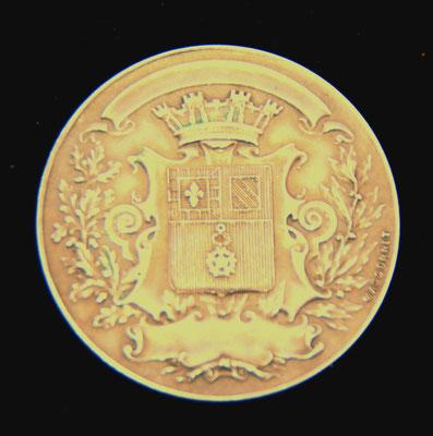 médaille société d horticulture et viticulture de la Côte d Or en argent par Massonnet ( 21 gr  diam 37 ) prix : 35 euros