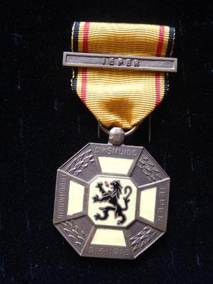 médaille des trois cités  agrafe IEPER  Prix : 45 euros