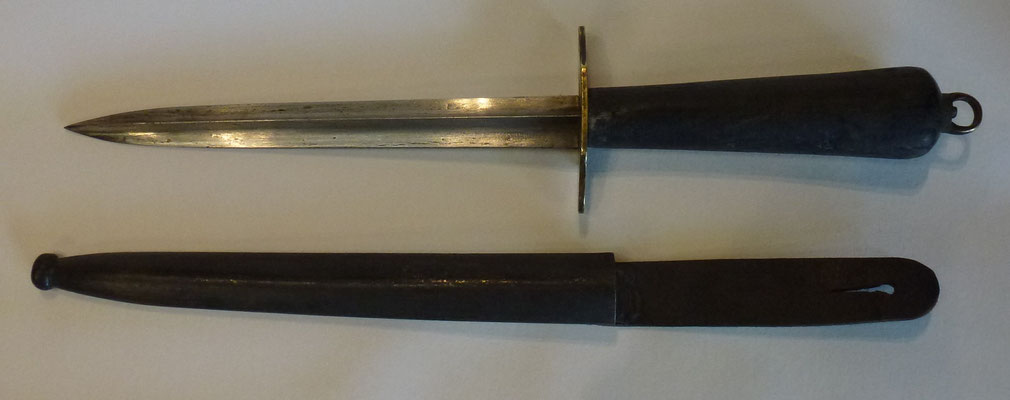 poignard de marine 1833