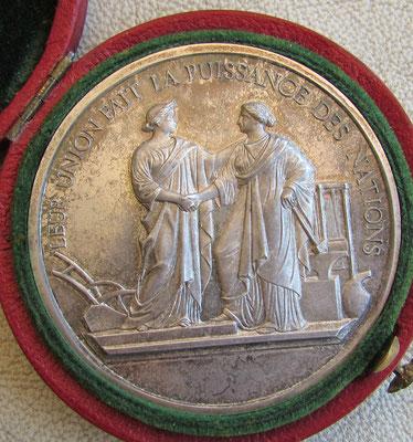 médaille en argent (62 gr diam 5cm) comice agricole de Lyon état superbe. prix : 120 euros