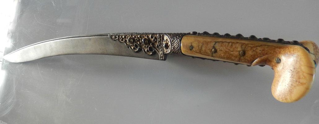 sabre turc yatagan