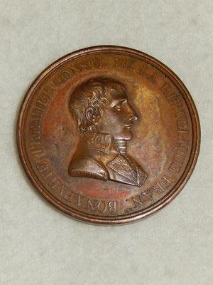 médaille en bronze  42 mm par Andrieux F .paix de Lunéville an IX .Bonaparte premier consul de la république française  .prix : 150 euros