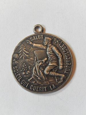 medaille( en bronze argenté )de sanatorium aux armées ,salut soleil qui guerit la turberculose .époque 1 °guerre . prix : 35 euros       guerre  .pr