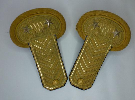 paire épaulettes général de brigade
