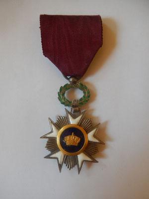 Ordre de la couronne ( Belgique )  30 euros