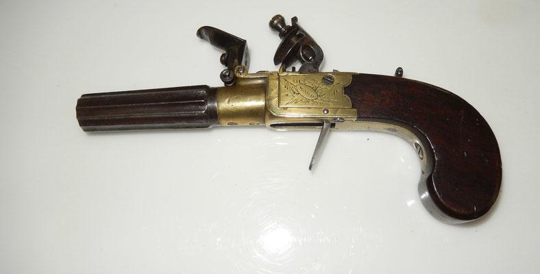 pistolet silex anglais  queen ann