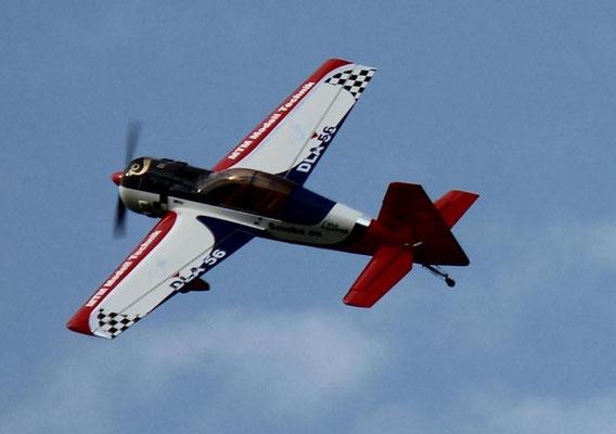 Yak 54 von Alfred Becker mit DLA 56