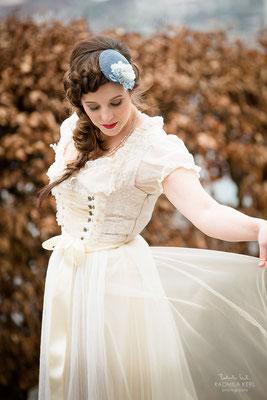 Hochzeitsdirndl Dirndleria® by Tali Amoo von Brautmoden Tegernsee