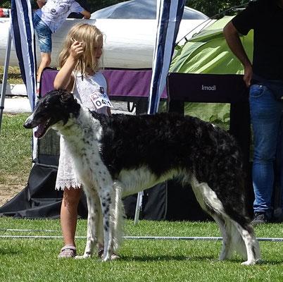 Resch Wind Exclusive Elza und ihre junge Besitzerin