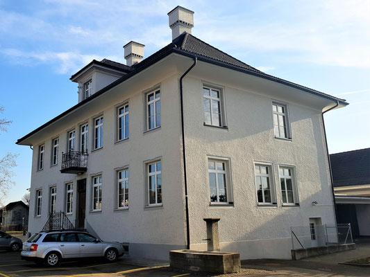 Ehemaliges Sekundarschulhaus Dorfstrasse Glattfelden