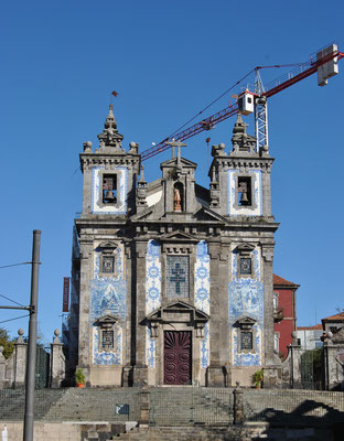 City trip Europe -  Porto churches