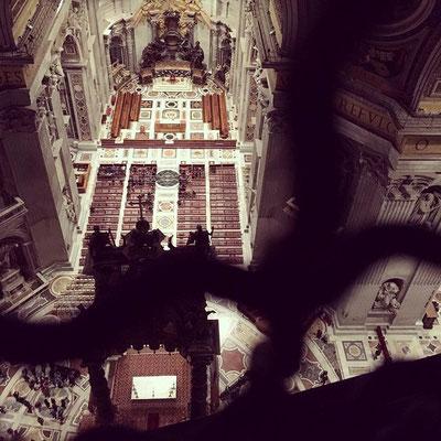 Aussicht in den Petersdom in Rom
