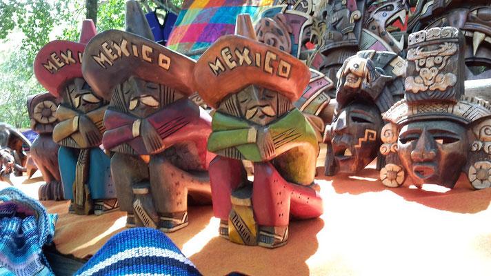 Souvenirs / Maya Ruinen von Chichen Itza in Yucatan / Mexiko