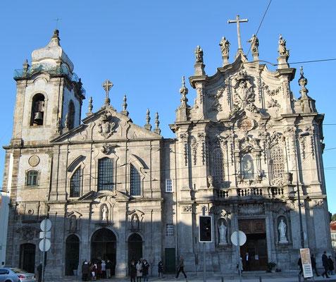Igreja do Carmo and Igreja das Carmeli in Porto