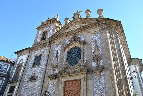 Igreja de São Pedro de Miragaia in Porto