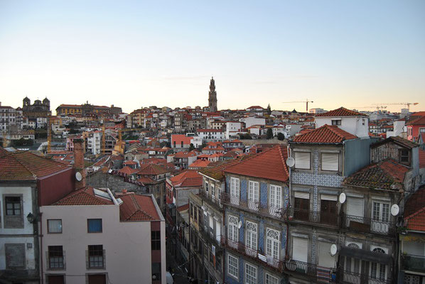 Porto Top 10 Tourist Attractions - Bell tower Torre dos Clérigos