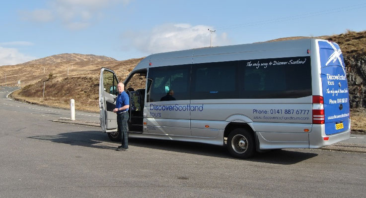 Discover Scotland Tours Bus