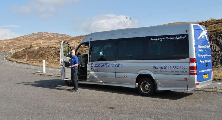 Discover Scotland Tours Bus