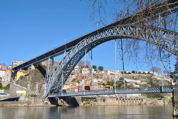 Porto Top 10 Sehenswürdigkeiten - Brücke Ponte Dom Luís I