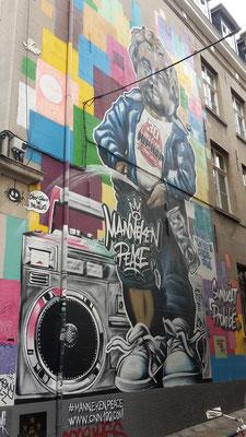 Manneken Peace, Brüssel