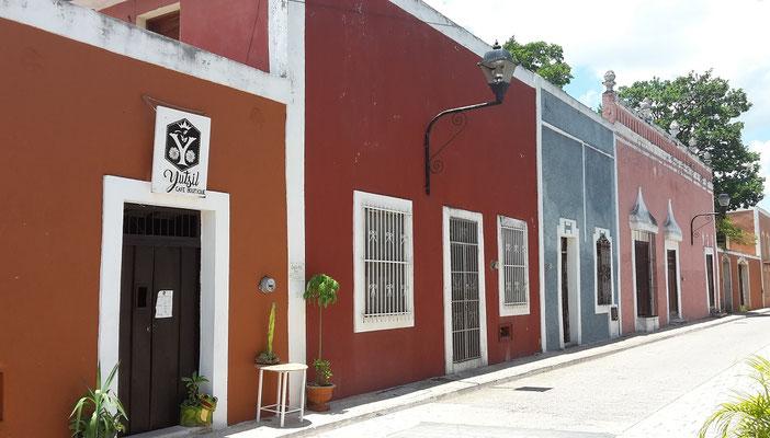 Calle de los Frailes in Valladolid / Yucatan Mexico