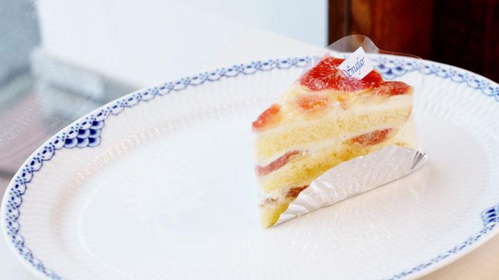笠岡産いちじくのショートケーキ