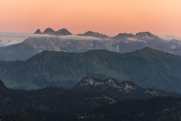 Oberstdorfer Berge im Abendlicht