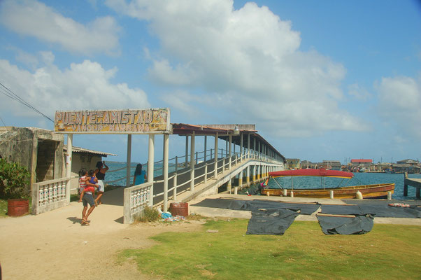 Brücke nach Corazon de Jesus