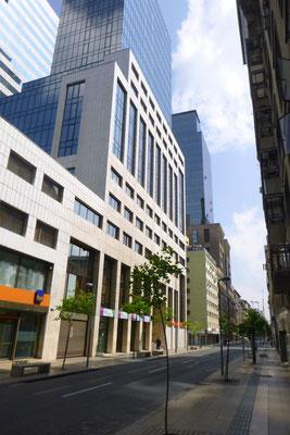 Hochhäuser mit Balkon bedeutet Wohnungen,   ohne Balkon Büro