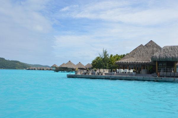 Nobele Hotels in der hellblauen Lagune