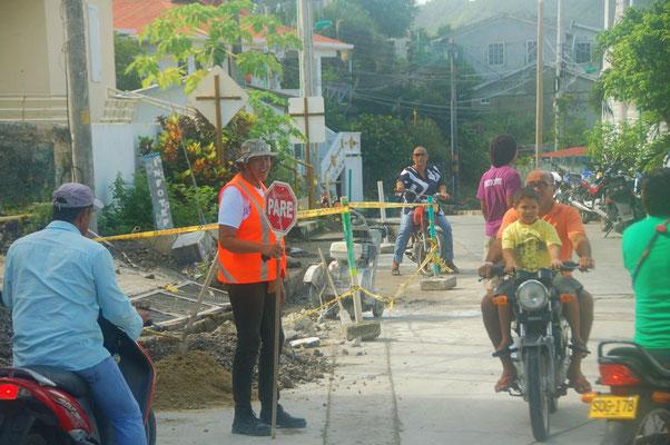 Verkehrsregelung auf Kolumbianisch