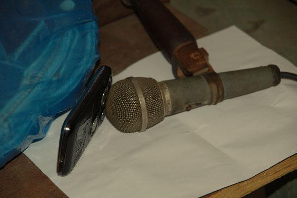Der Cuba-Rock kommt derweil aus einem Handy