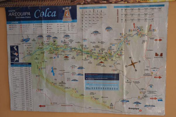 Die Anden und Volcanos um CHIVAY