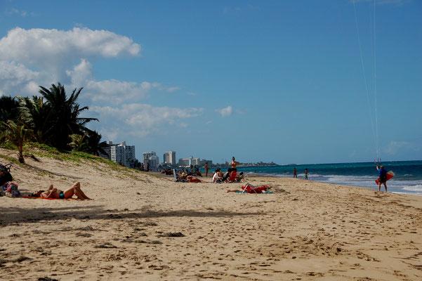 Isla Verde heist der Stadtteil an der Küste im Osten